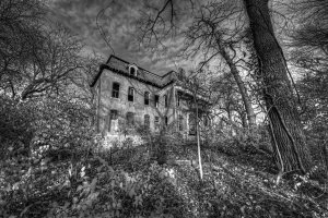 l021b-most-haunted-house_1